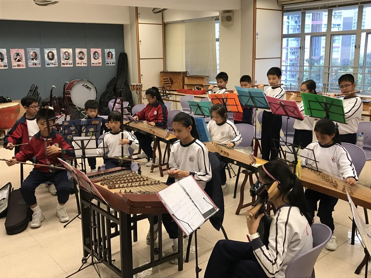 中樂團練習